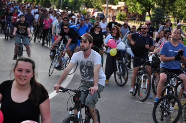 ПРОСТОР ЗА СИТЕ: Излез има – комплетни улици. Нема хендикепирани лица, има хендикепирани улици!