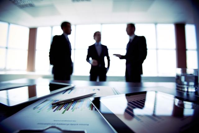 СО МЕЃУСЕБНА СОРАБОТКА ДО ПОСИЛНА АДВОКАТУРА И ВЛАДЕЕЊЕ НА ПРАВОТО: Адвокатските комори од регионот потпишаа Меморандум за соработка