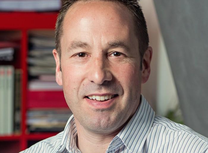 Џереми Хопкинс, предавач на Конференцијата на Академик