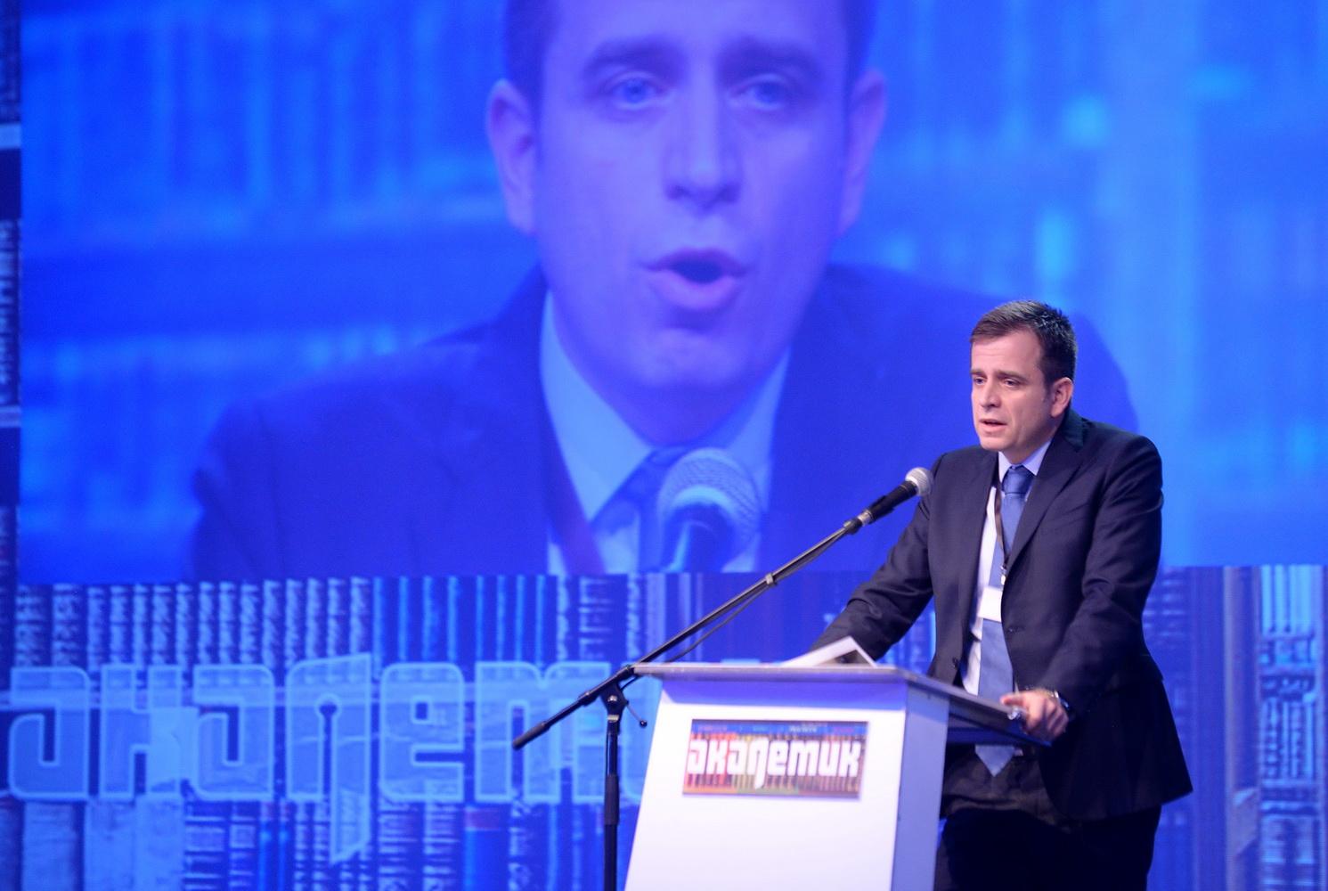 Константинос Корнилакис, Академик Конференција 2016