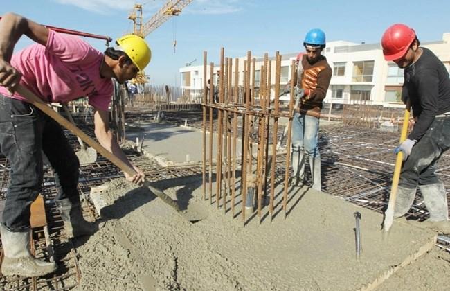 Работници на зграда